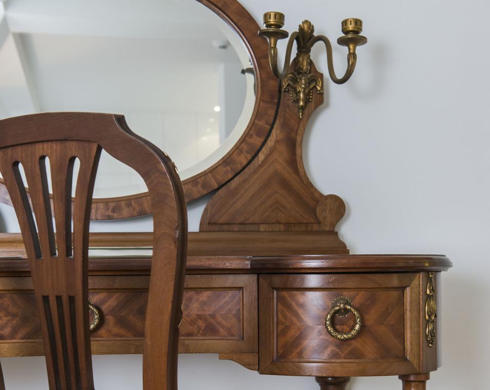 zimmer graffenried. Black Bedroom Furniture Sets. Home Design Ideas